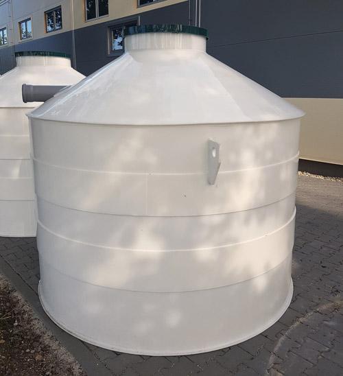 várané plastové nádrže a žumpy