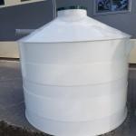 Plastová nádrž na vodu PN 8