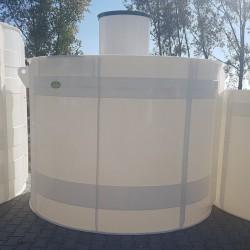Plastová nádrž NV 6  Zváraná plastová nádrž na použitie do sťažených podmienok, kde...