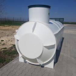 Ležatá podzemná plastová nádrž PL 3  Ležatá zváraná podzemná plastová nádrž rady PL...