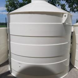 Plastová žumpa PN 10  Stojatá zváraná podzemná plastová nádrž vyrobená z...