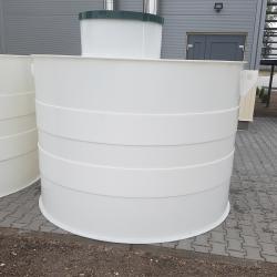 Plastová nádrž NV 8  Zváraná plastová nádrž na použitie do sťažených podmienok, kde...