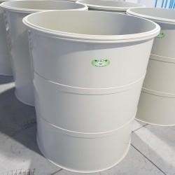 Potravinárska nádrž PTN 1500l  Stojatá zváraná nadzemná plastová nádrž vyrobená z...
