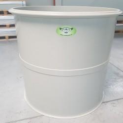 Potravinárska nádrž PTN 800l  Stojatá zváraná nadzemná plastová nádrž vyrobená z...