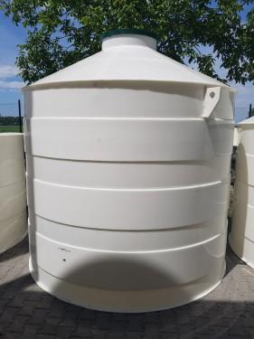 Plastová nádrž na vodu PN 10