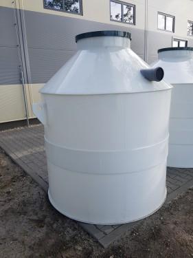 Plastová nádrž na vodu PN 3